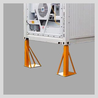 "<a href=""/ie/refrigerated-storage-containers-sold-stores-hire-sale-ireland/information/container-accessories""><h3>Accessories ➔<br></h3>Support legs, noise reduction and more</a>"